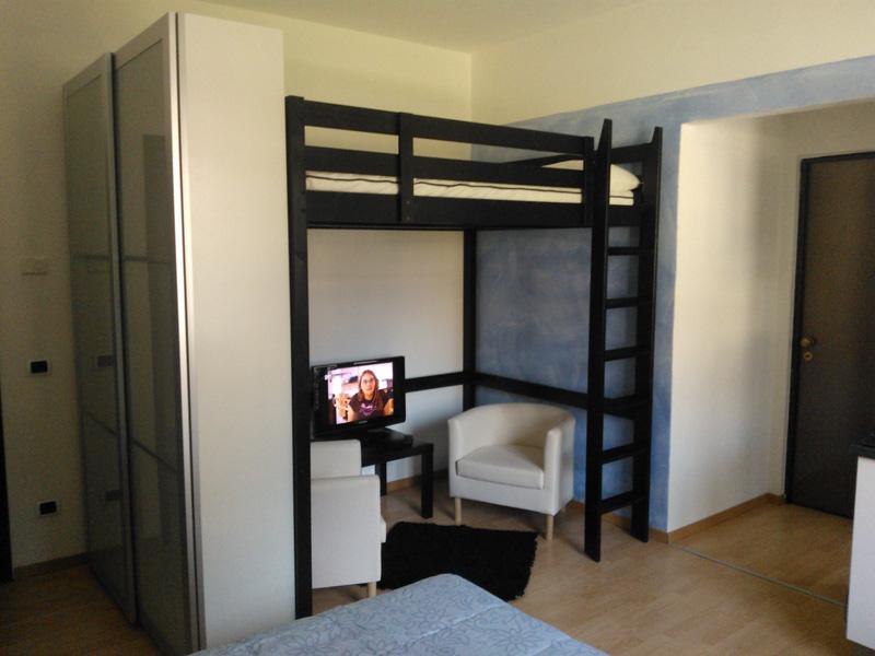 Foto di b b val chiavenna appartamenti per vacanze su for Letto matrimoniale soppalco